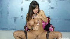 Lisa Ann plays with herself