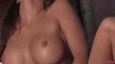 Heather Vandeven works her wet pussy