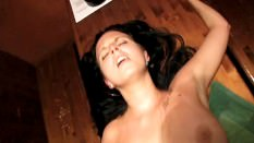 PublicAgent Sexy barmaid closes for sex