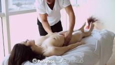 PornPros – Hot Asian beauty Elana Dobrev gets a sexy rub down
